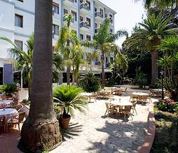Hotel caravel wedding in sorrento wedding planner in for General garden services